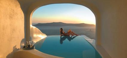 5 hoteles en Santorini con piscina en la habitación